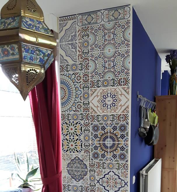 Marokkaanse Tegels Tuin.Kenza S Oase Traditionele Marokkaanse Tegels Potterie Meubels En